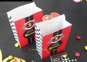 Decoración de cumpleaños de autos de carrera para imprimir
