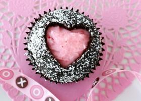 Cupcakes con centro de corazón