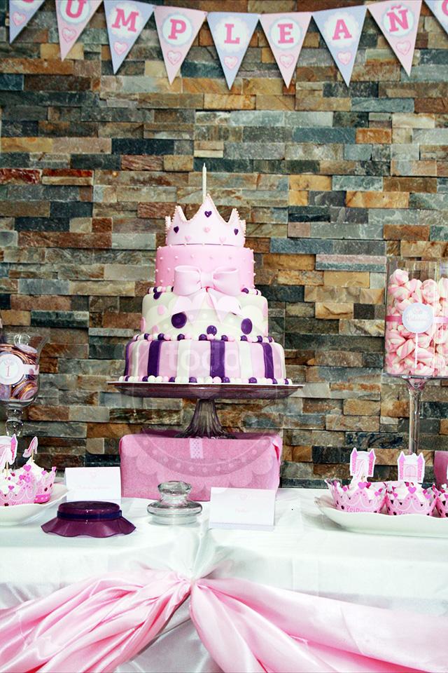 Hermosa torta de princesa