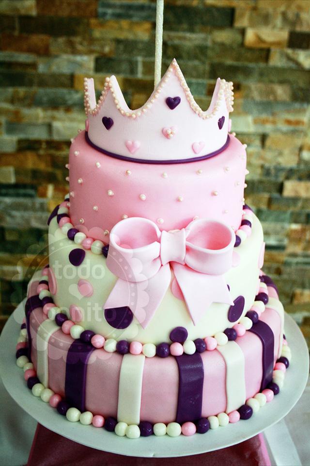 Torta de princesa con coronita