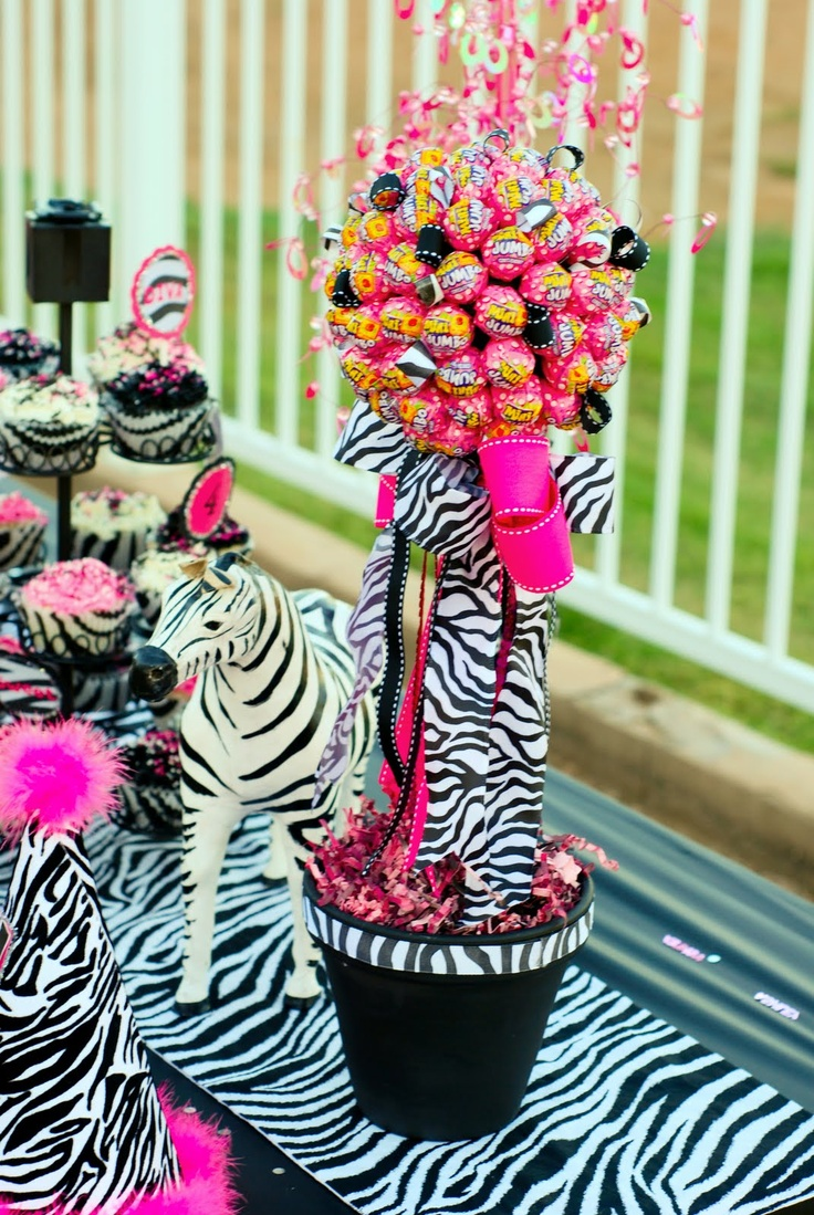 Dd946243fc11e445cee15a9cc0f1f17b for Animal print party decoration ideas