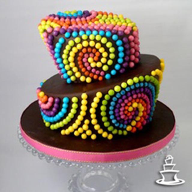 Torta 15 años original colorida