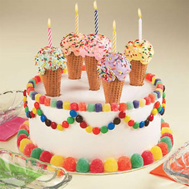 Preparaciones originales con confites de colores todo bonito for Como decorar una torta facil y economica