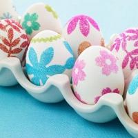 Pascuas: preparando huevos para jugar con los chicos!