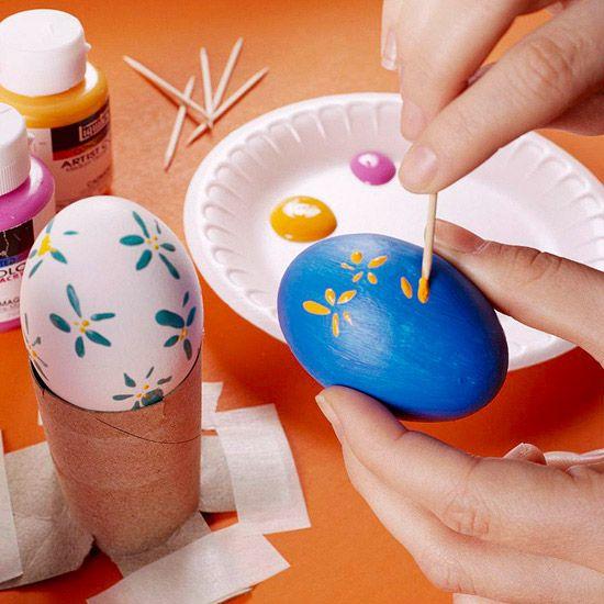 decorando huevos