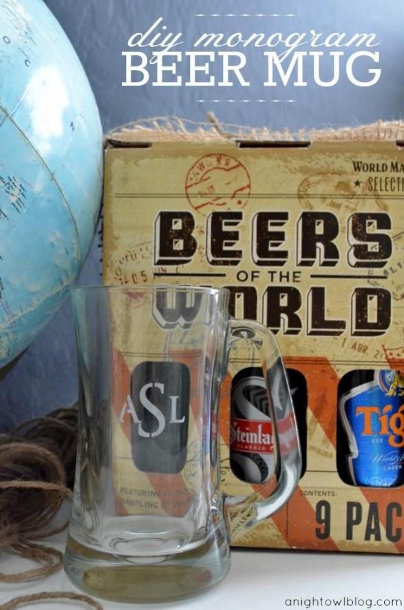 Vaso y cerveza favorita