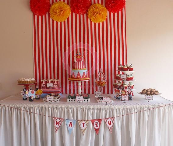 Un cumple en el circo por Rosetta Cupcakes