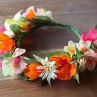 Coronita de flores de papel