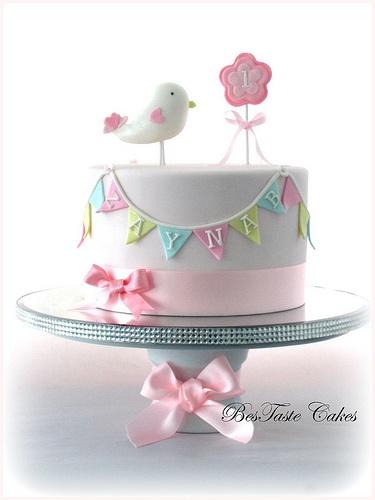 Baby Bird Cake