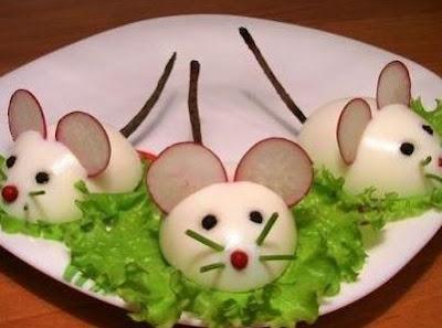 ratoncitos en el pasto