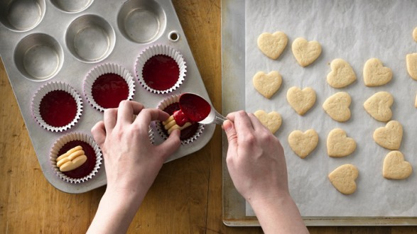 Cupcakes con centro de corazón 03