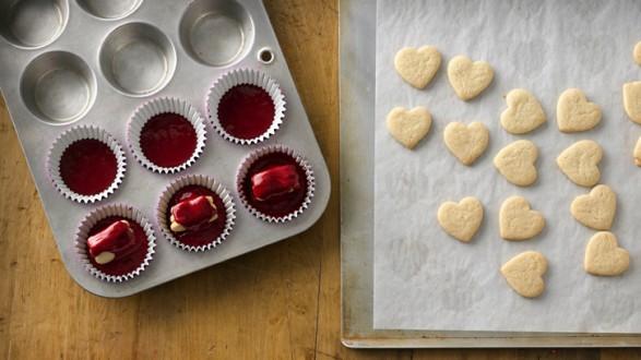Cupcakes con centro de corazón 04