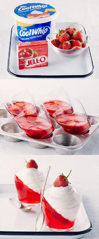Postre de frutillas, gelatina y crema