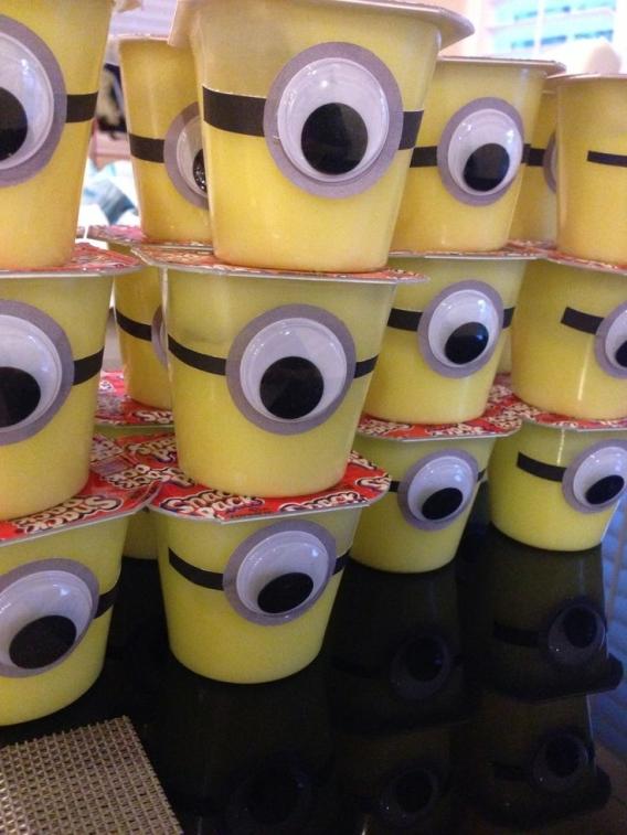 Postrecitos para fiesta de Minions
