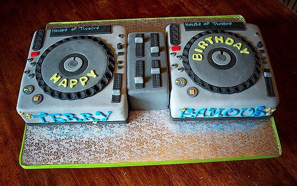 Torta DJ 12