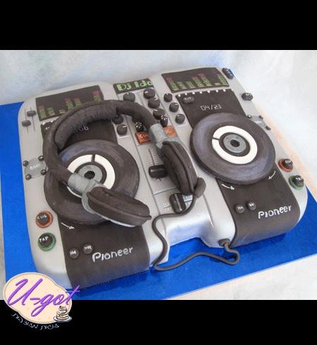 Torta DJ 13