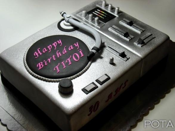 Torta DJ 6