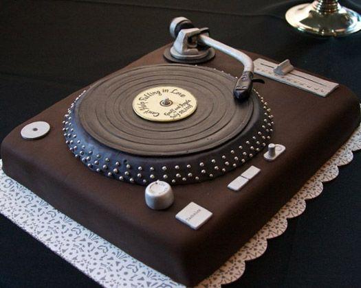 Torta DJ 7