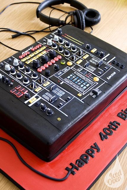 Torta DJ 9