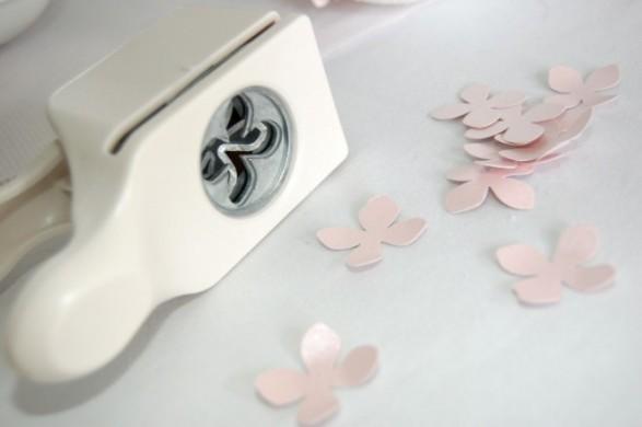 Pomanders de flores de papel