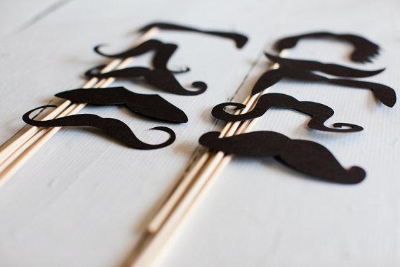 varios bigotes