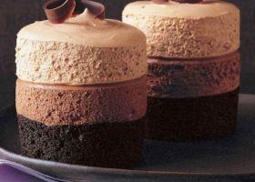Mousse triple de chocolate y café