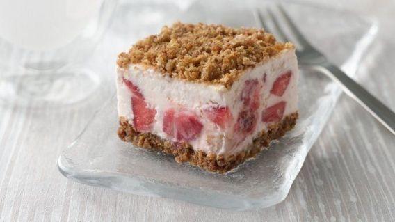Postre helado de frutillas sin harinas ni cocción