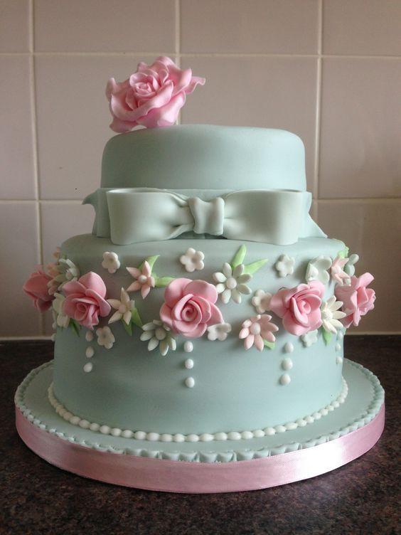 Hermosas tortas estilo shabby chic for Decoracion de tortas espejo