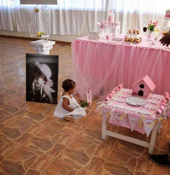 Un cumpleaños rosa y blanco