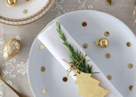 Navidad dorada y blanca