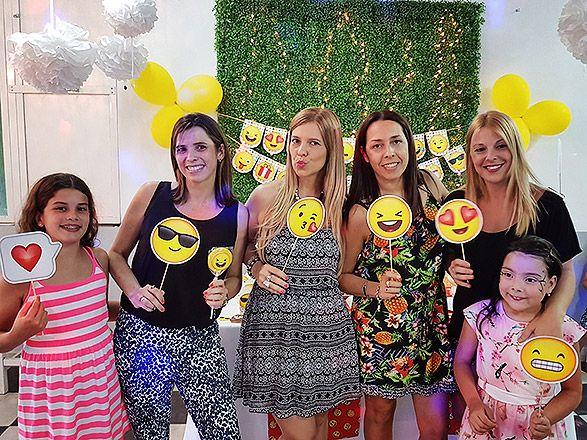 PhotoBooth Emojis