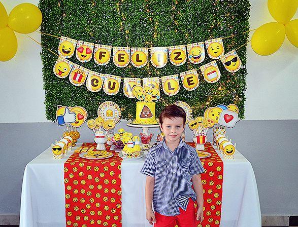 Mesa dulce cumpleaños Emojis