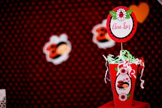 Kit imprimible Vaquitas de San Antonio en rojo