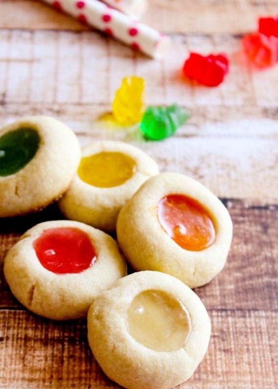 Galletas rellenas de gomitas