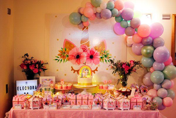Mesa dulce Unicornios