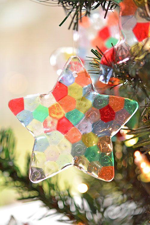 Adornos de Navidad con cuentas fundidas