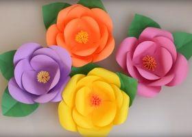 Flores gigantes de papel paso a paso