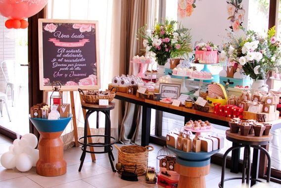 Mesa dulce de boda con el Kit Rústico Imprimible Todo Bonito
