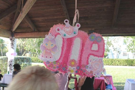 Piñata de princesa