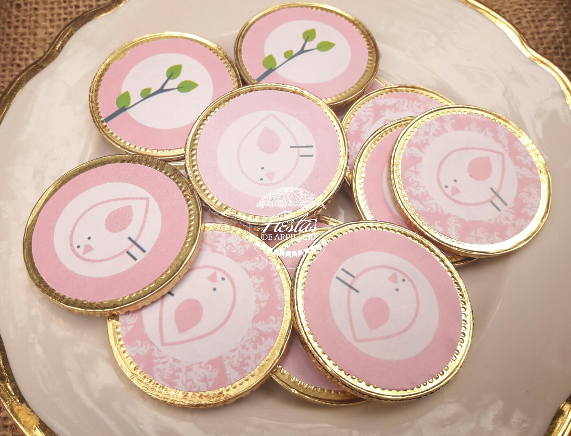 Moneditas de chocolate decoradas con imprimibles pajaritos Todo Bonito