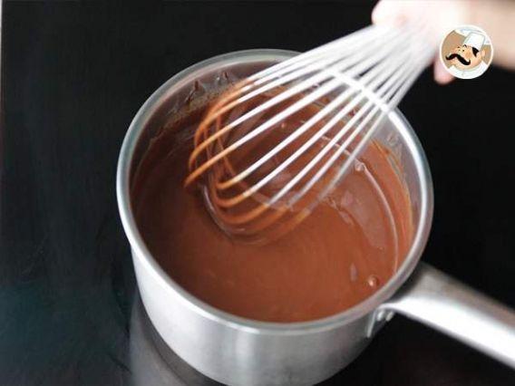 Paso a paso de torta kit kat con ganache de chocolate