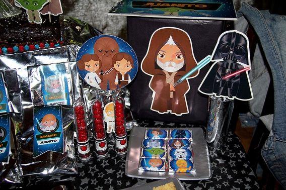 Detalle mesa dulce Star Wars