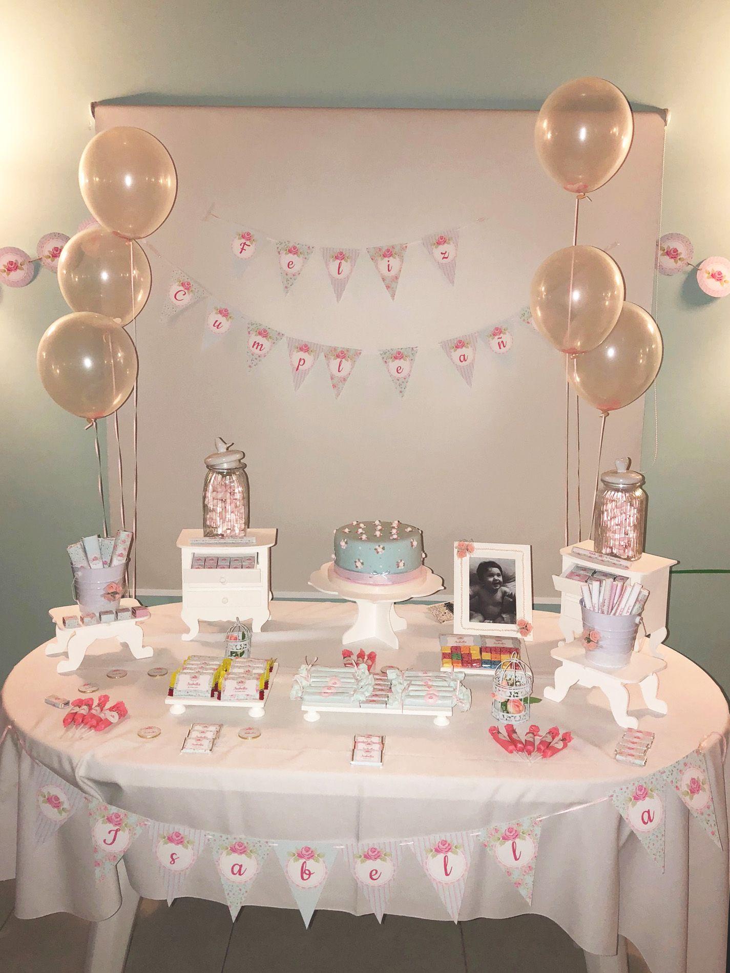 Mesa dulce con torta y deco