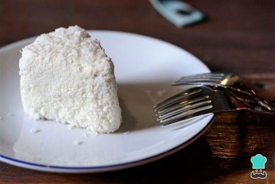 Torta helada de coco sin gluten