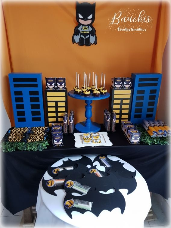 Mesa principal con Kit imprimible Batman Todo Bonito