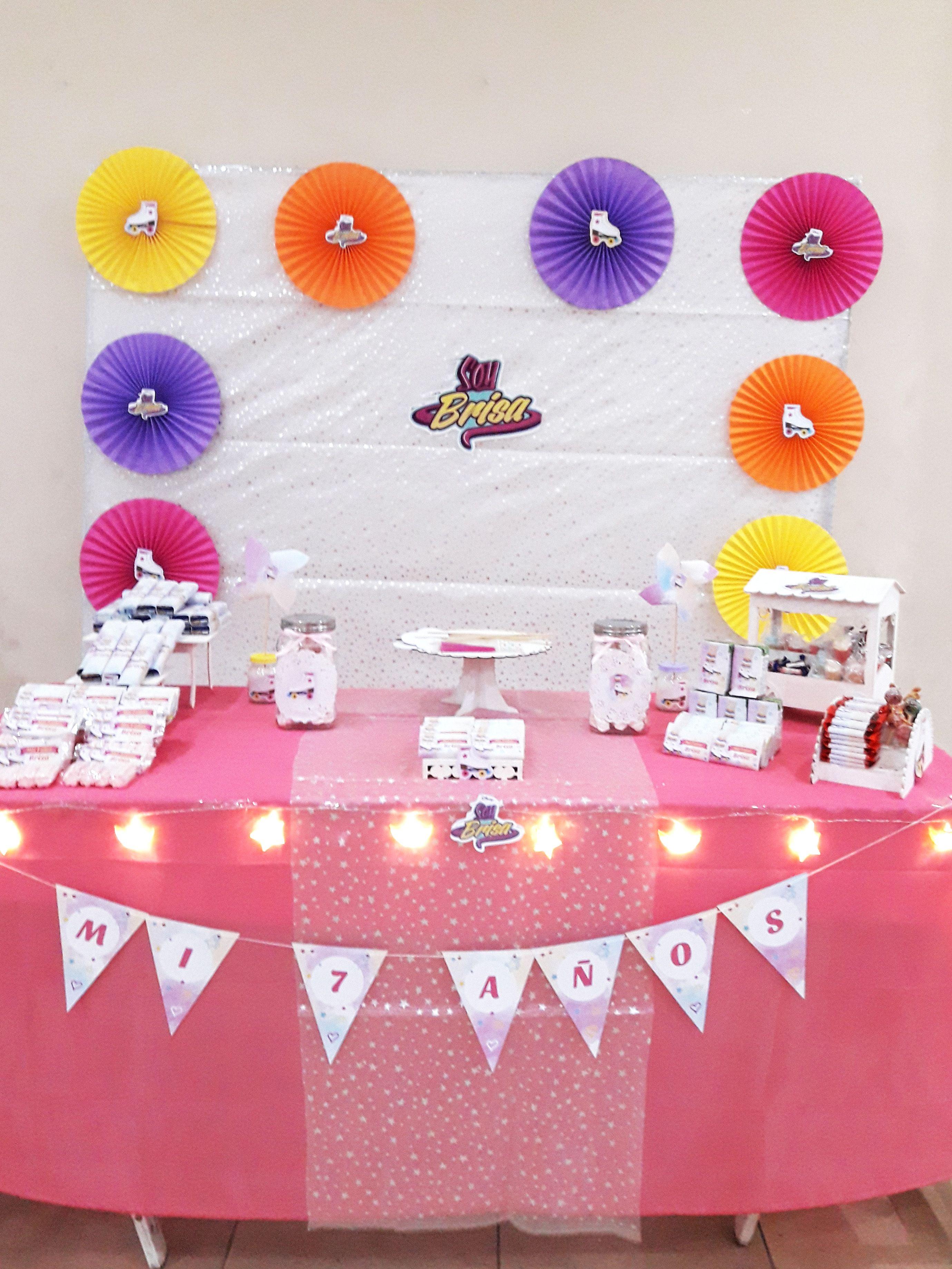 Mesa decorada Kit Patines Inspirados en Soy Luna