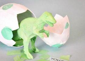 Cómo hacer huevos de dinosaurios