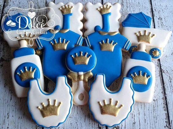 Galletas decoradas con temática de Coronita para niño