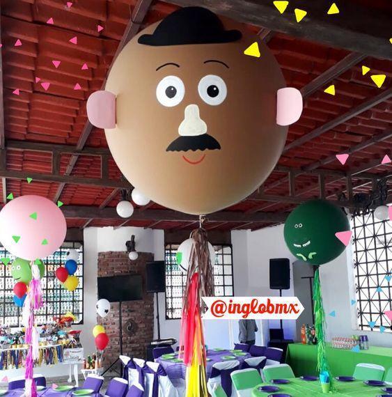 Globos gigantes decorados de Toy Story