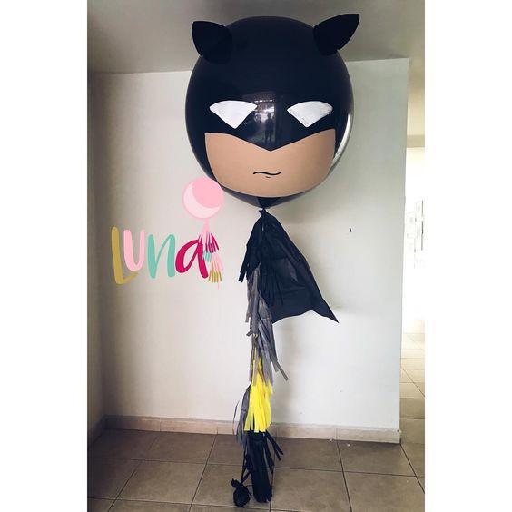 Globos gigantes decorados de Batman